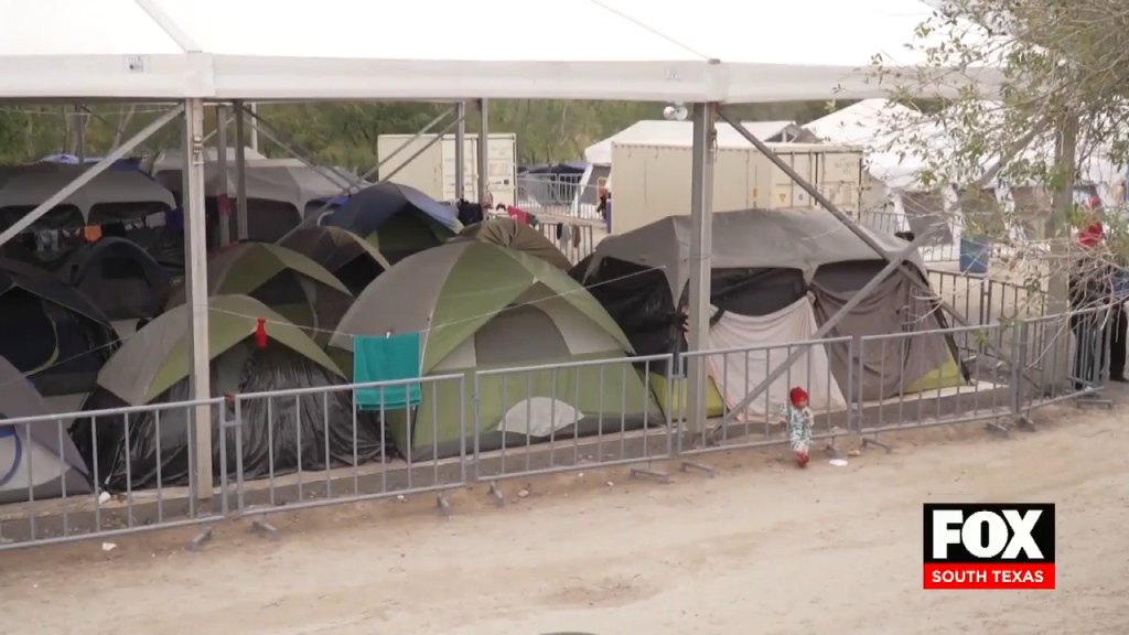 Lack of Court Hearings  Forcing Some Migrants to Return to Their Countries